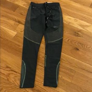 Nike drifit leggings
